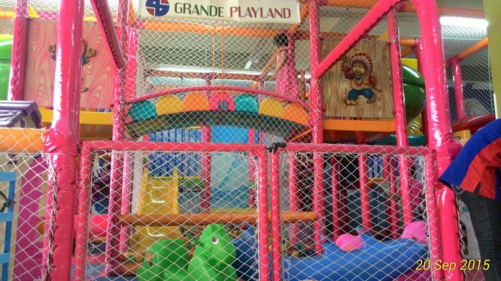Grande Play Land